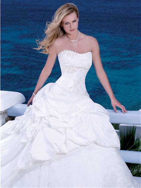 Big White Wedding Dress Designs  Wedding Dress. Wedding Dresses Retro Style. Wedding Dresses With Hijab. Black Bridesmaid Dresses In Canada. Lace Wedding Dresses Kleinfeld. Wedding Guest Dresses Warehouse. Winter Wedding Dresses With Jackets. Cinderella Wedding Dresses Online. Simple Wedding Dresses On Sale