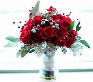 45 Fabulous Christmas Wedding Bouquets
