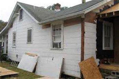 2018 Asbestos Siding Repair Costs   Average Price to Fix