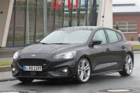 ford focus st  price specs  release date