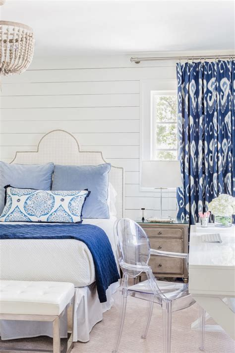 Blue And White Contemporary Bedroom Design Ideas by Best 25 Blue White Bedrooms Ideas On Navy