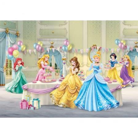 chambre fille princesse disney accessoires et déco de princesses disney pour décorer une