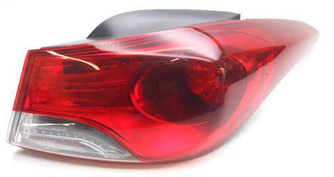 2013 hyundai elantra tail light oem 2011 2013 hyundai elantra sedan rear right tail light