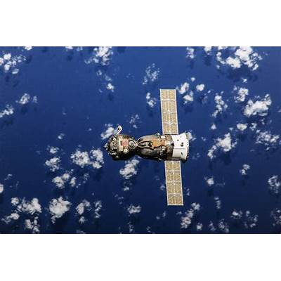 Space Station crew reparks Soyuz spacecraft - SpaceFlight