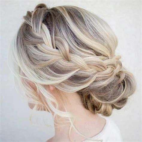 coiffure mariage invitée cheveux mi tuto beaucoup d id 233 es diy pour une coiffure de soir 233 e facile