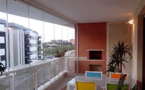 verande scorrevoli per balconi vetrate scorrevoli tutto vetro per chiudere pergole o