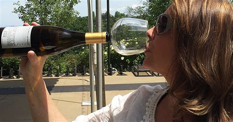 wine glass  attaches   bottle    drink