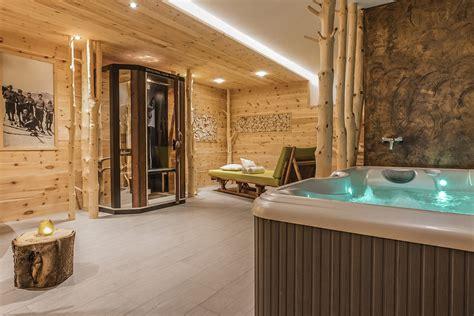wellness mit whirlpool wellness ferienwohnungen mit spa ihr urlaub in s 252 dtirol