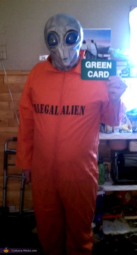 space alien  green card halloween costume