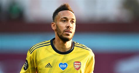 Pierre-Emerick Aubameyang contract situation to rumble on ...