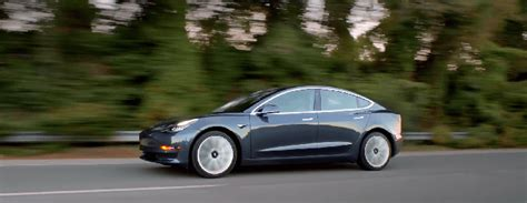 31+ Public Relations For Tesla 3 Delay Background