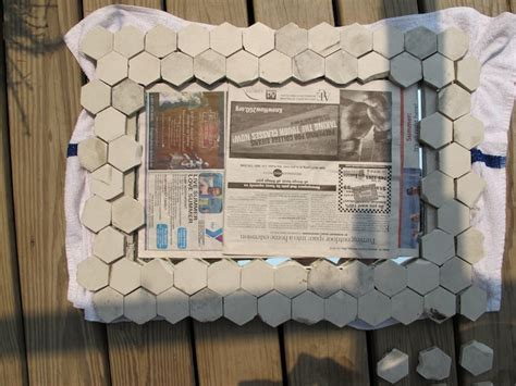 Fliesenspiegel Abschlagen by How To Make A Marble Tile Mirror Frame Merrypad