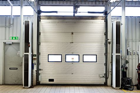 improved working environment with vertical air curtains
