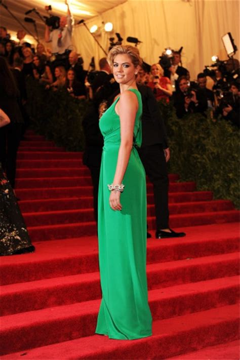 sexy scoop  slit long green silk kate upton red carpet