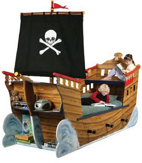 chambre bateau pirate top 70 des lits insolites au design original bateau