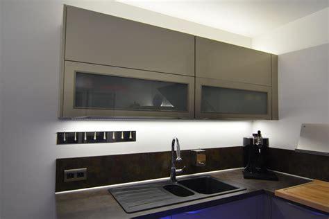 eclairage cuisine led eclairage de cuisine eclairage sous meuble led cuisine