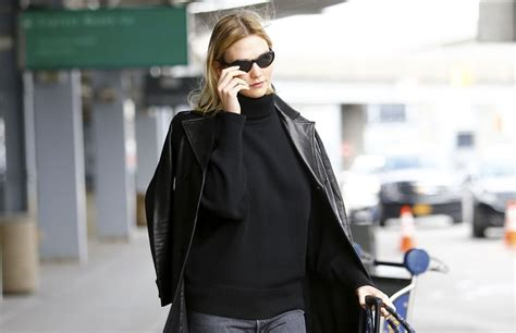Karlie Kloss Arriving Jfk Airport Nyc Celebzz