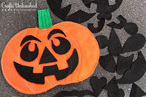 pumkin faces felt pumpkin face
