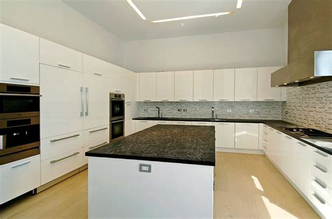 island for a kitchen 3 indian creek island dr miami fl 33154