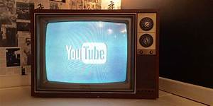 Chromecast On A Tv From 1984 Is Absolutely Glorious