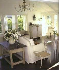 cottage livingrooms 17 best ideas about cottage living rooms on cottage decorating cottage living and