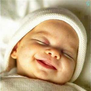 Babies Pictures: Babies Pictures With Cute Smile Sleeping ...