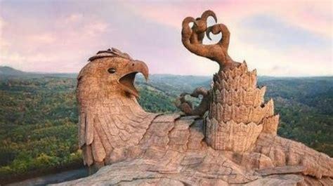 india jatayu earth jadi patung terbesar  dunia