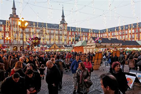 christmas celebrations  spain auriga crown blog