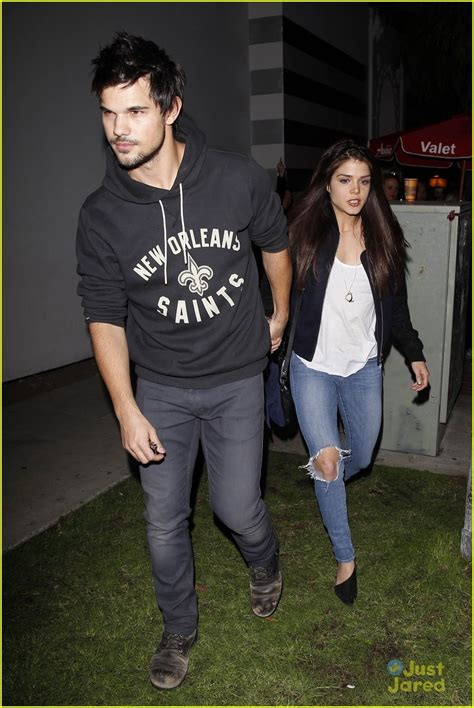 Taylor Lautner & Marie Avgeropoulos: Hollywood Dinner Date ...