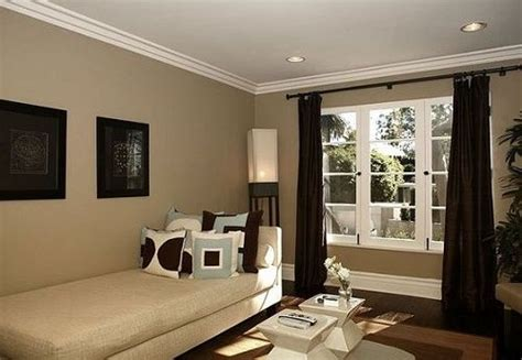 Paint Colors To Make Living Room Look Bigger by Most Popular Paint Colors That Make Rooms Look Bigger