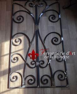 Grille Fenetre Fer Forgé : grille de porte en fer forg aix en provence ~ Dailycaller-alerts.com Idées de Décoration