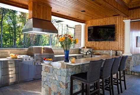 20+ Magnificent Outdoor Kitchen With Fireplace