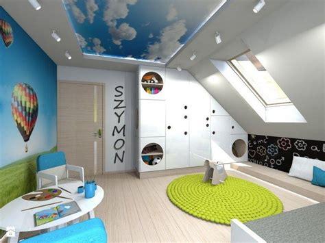 Kinderzimmer Wandgestaltung Himmel by Kinderzimmer Mit Luftballons An Der Wand Und Himmel