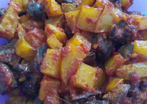 Tambahkan hati ayam, kentang, dan petai untuk menambah kelezatan sambal goreng. Resep Balado Kentang Hati Ayam oleh Intan Alfi Andini ...