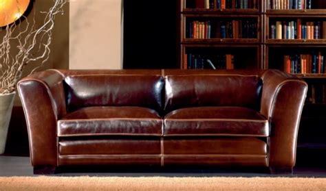 canapé lit chesterfield canapés cuir original et vintage décor
