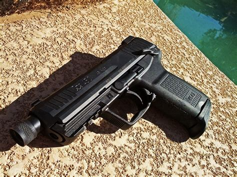 review hk  compact tactical