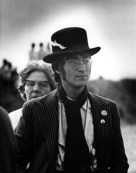 John Lennon Biography