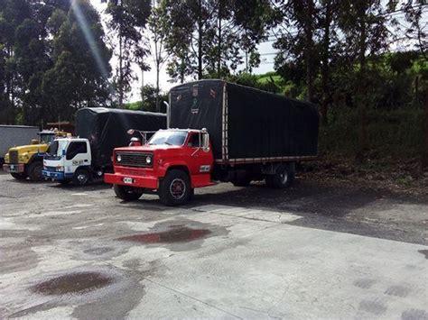 vendo dos camiones chevrolet c70 posot class