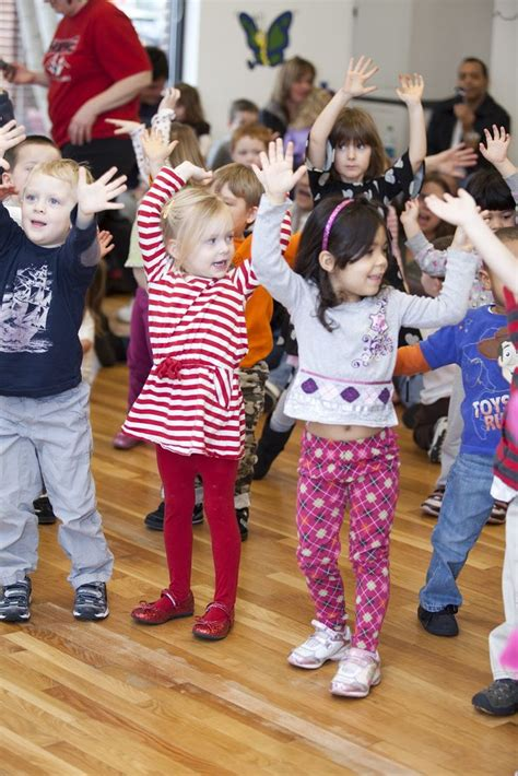 music and dance preschool 265 best amp acro images on acro 106