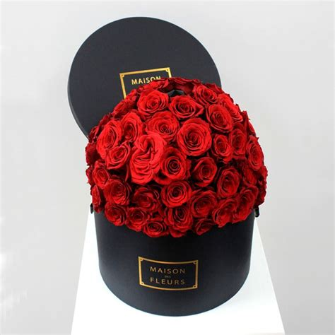 maison des fleurs chic classic interiors flower roses and roses