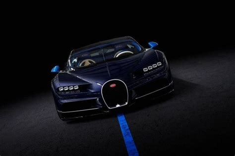 The french tricolor features prominently both on the seat faces, where a headrest logo is bisected by a ribbon, and the seat backs. Bugatti Chiron buy - big selection on Luxcars.one