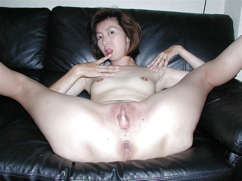 Asian Mature Sluts Some Very Kinky Asian Mature Chick Pics Xhamster