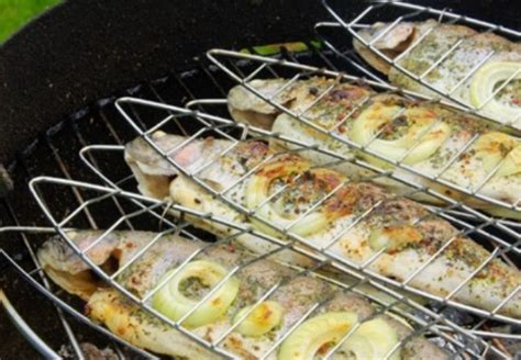 cuisiner au barbecue recette sardines au barbecue barbecue partybarbecue