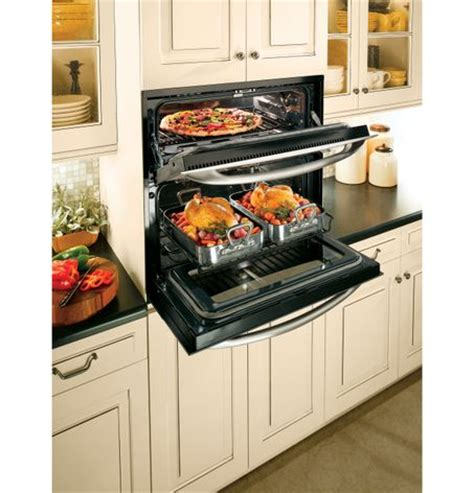 ge cooks  double oven versatility   small space