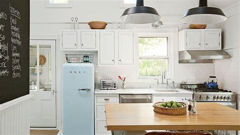 water coastal kitchen 5 house kitchens coastal living 3358