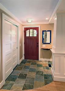 sliding-closet-doors-Entry-Traditional-with-column