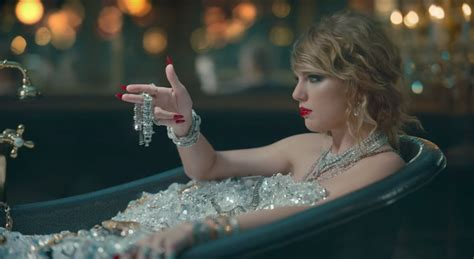 The old Taylor Swift isn't actually dead | The Journal