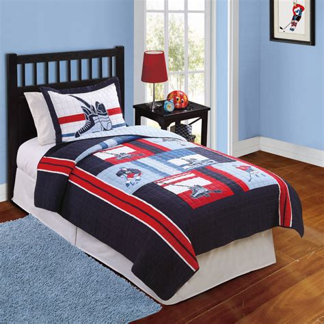 Hockey Game Quilt With Pillow Sham  Townhouse Linens