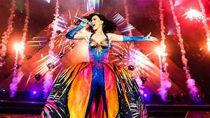 Katy Perry Promises Lions And Sharks During Super Bowl