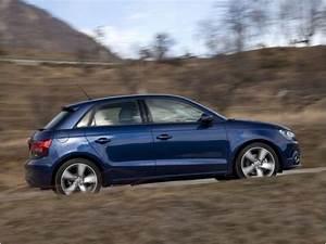 Essai Audi A1 : essai audi a1 sportback essai audi a1 sportback audi a1 sportback tfsi essai 13 b e b essai ~ Medecine-chirurgie-esthetiques.com Avis de Voitures